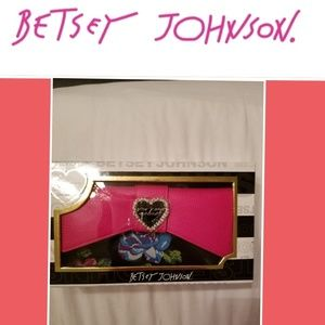 ONLY 2 LEFT ✔SALE✔ BNWT Betsey Johnson Wallet